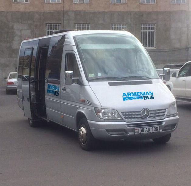 Mercedes-Sprinter